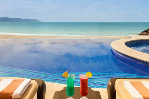 Playa Hotels & Resorts   All Inclusive Escapes   Escape With Us Vacations